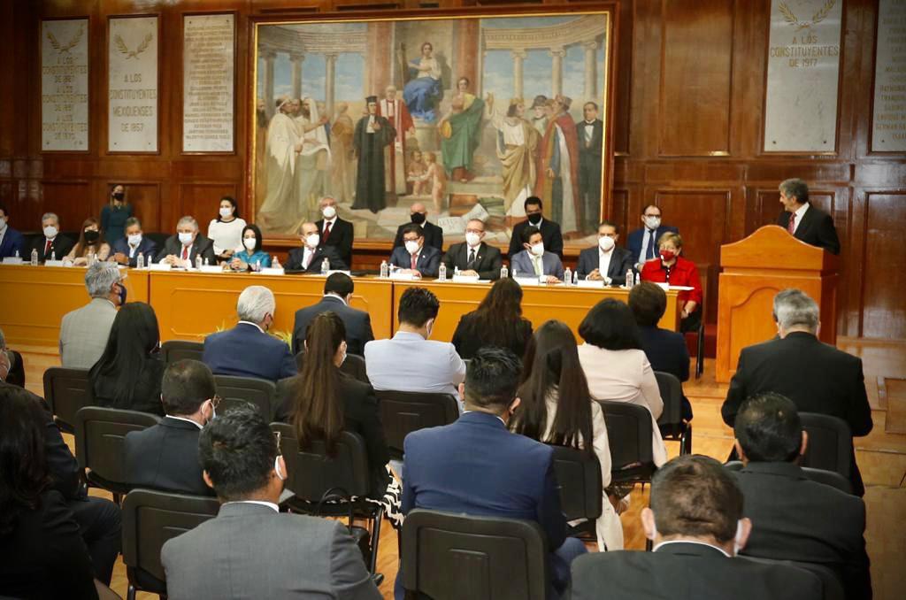 mesa de diálogo entre GEM y transportistas
