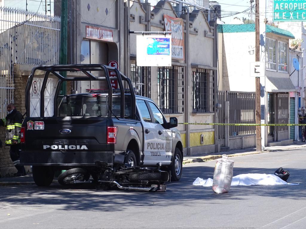 Motociclista arrollado en Toluca