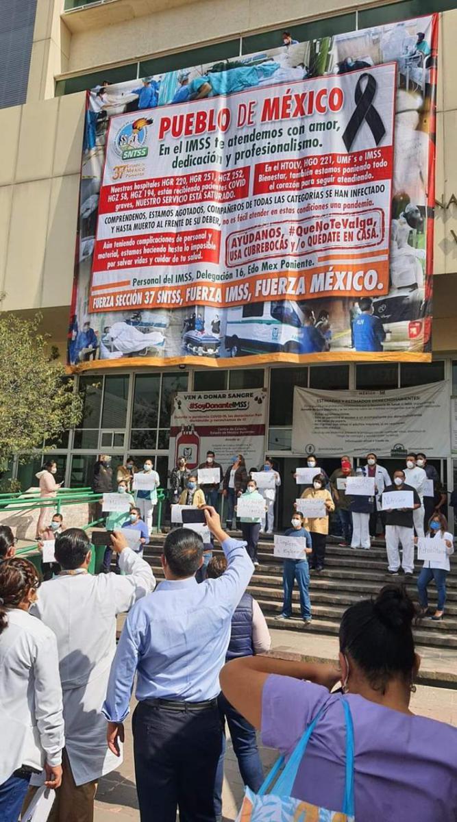 Trabajadores del IMSS