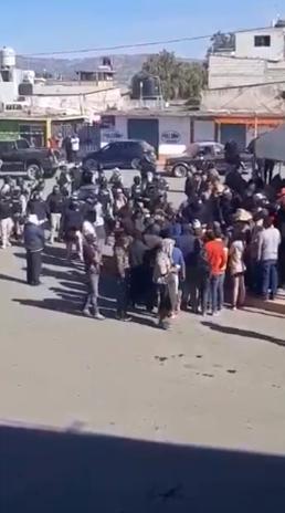 Los uniformados pertenecientes al municipio de Teotihuacán, ingresaron a la demarcación y lanzaron disparos