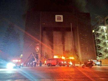 Fuerte incendio paraliza al Metro capitalino