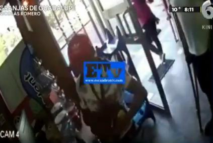 Hombre en muletas asalta tienda y roba bebidas alcohólicas en Nicolás Romero