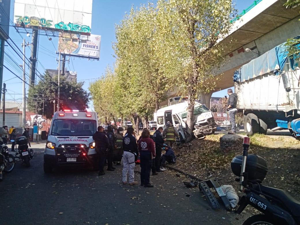Choque en Tlalnepantla