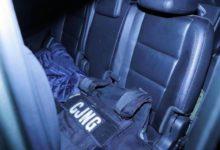 Equipo que utilizan miembros del CJNG decomisado dentro de un vehículo en Guanajuato. Foto Cuartoscuro/ archivo