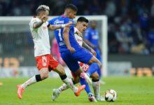 Pese a la paridad en el marcador, el partido se mantuvo vibrante, de ida y vuelta en ambas porterías