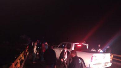 La víctima sólo tenía un balazo en la espalda y cerca se encontraron 3 cargadores metálicos, 29 cartuchos calibre 39 milímetros