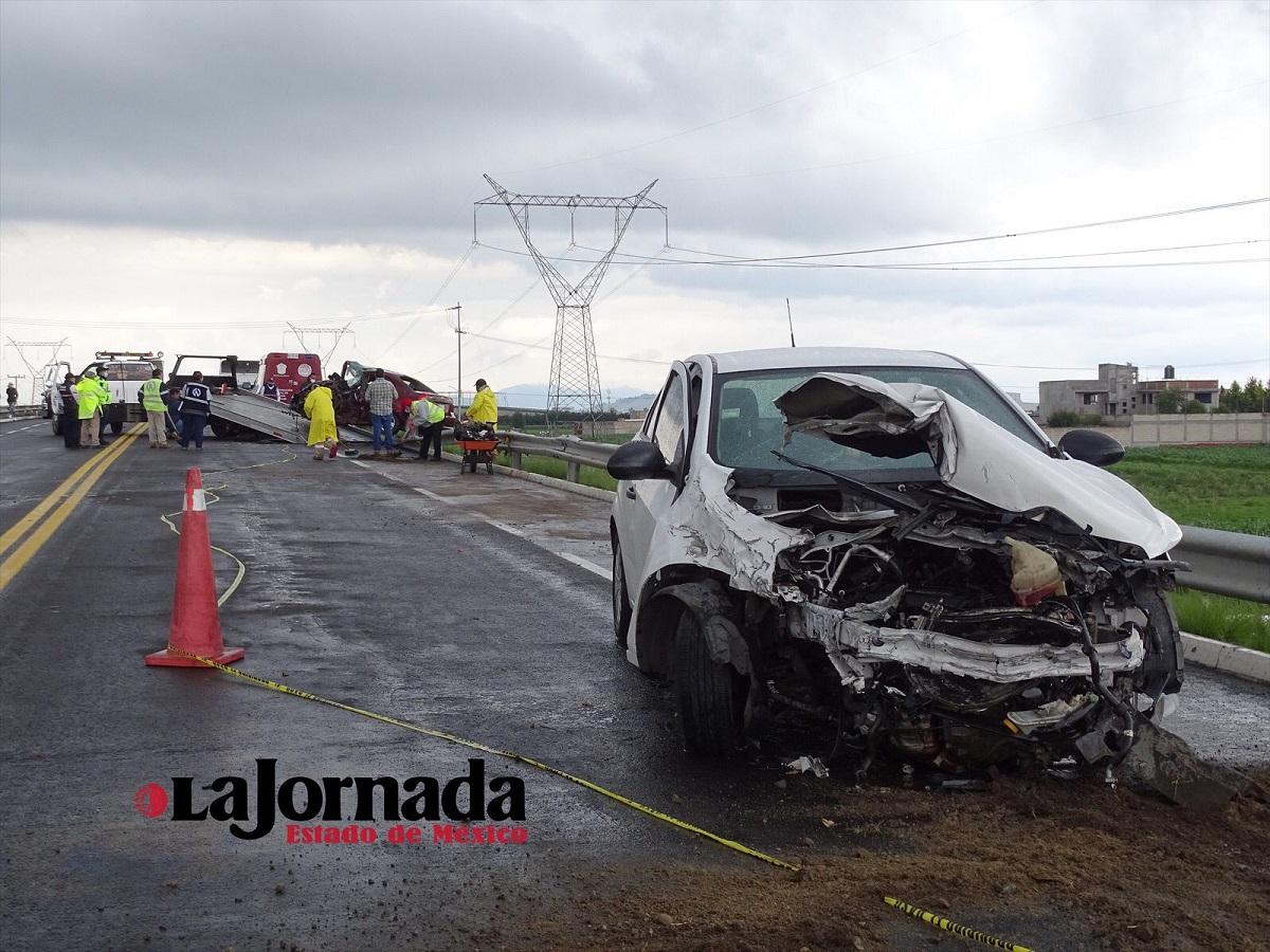 Uno de los vehículos siniestrados tras el accidente