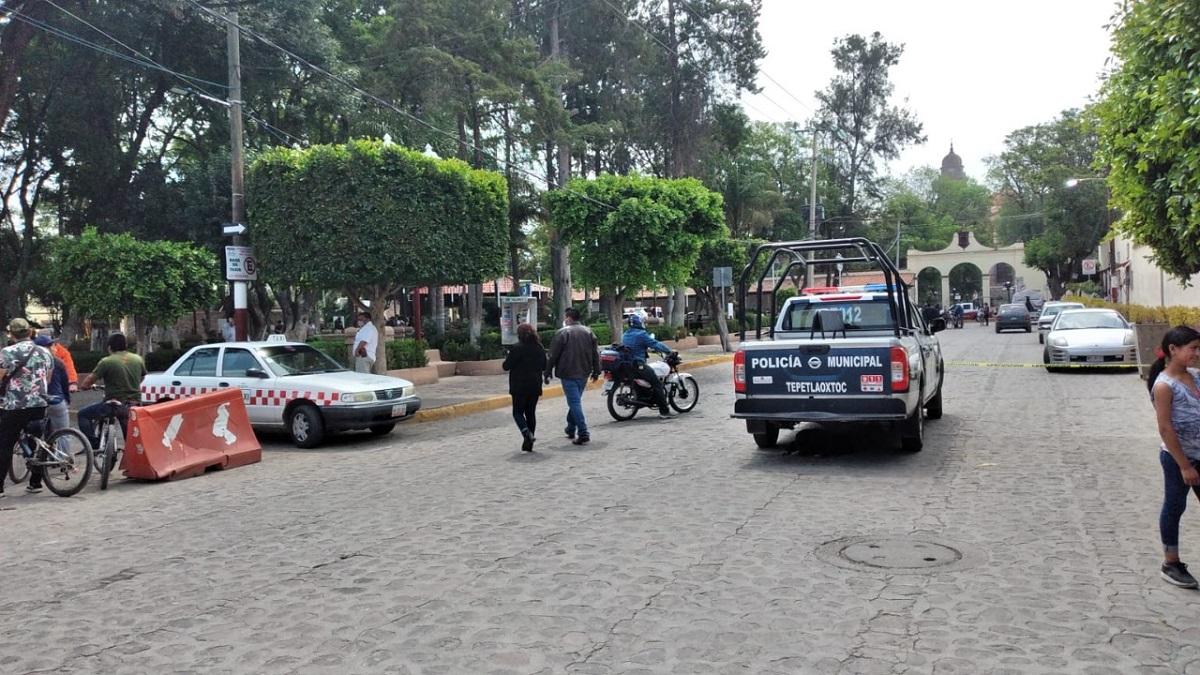 Edificios desalojados en el centro de Tepetlaoxtoc