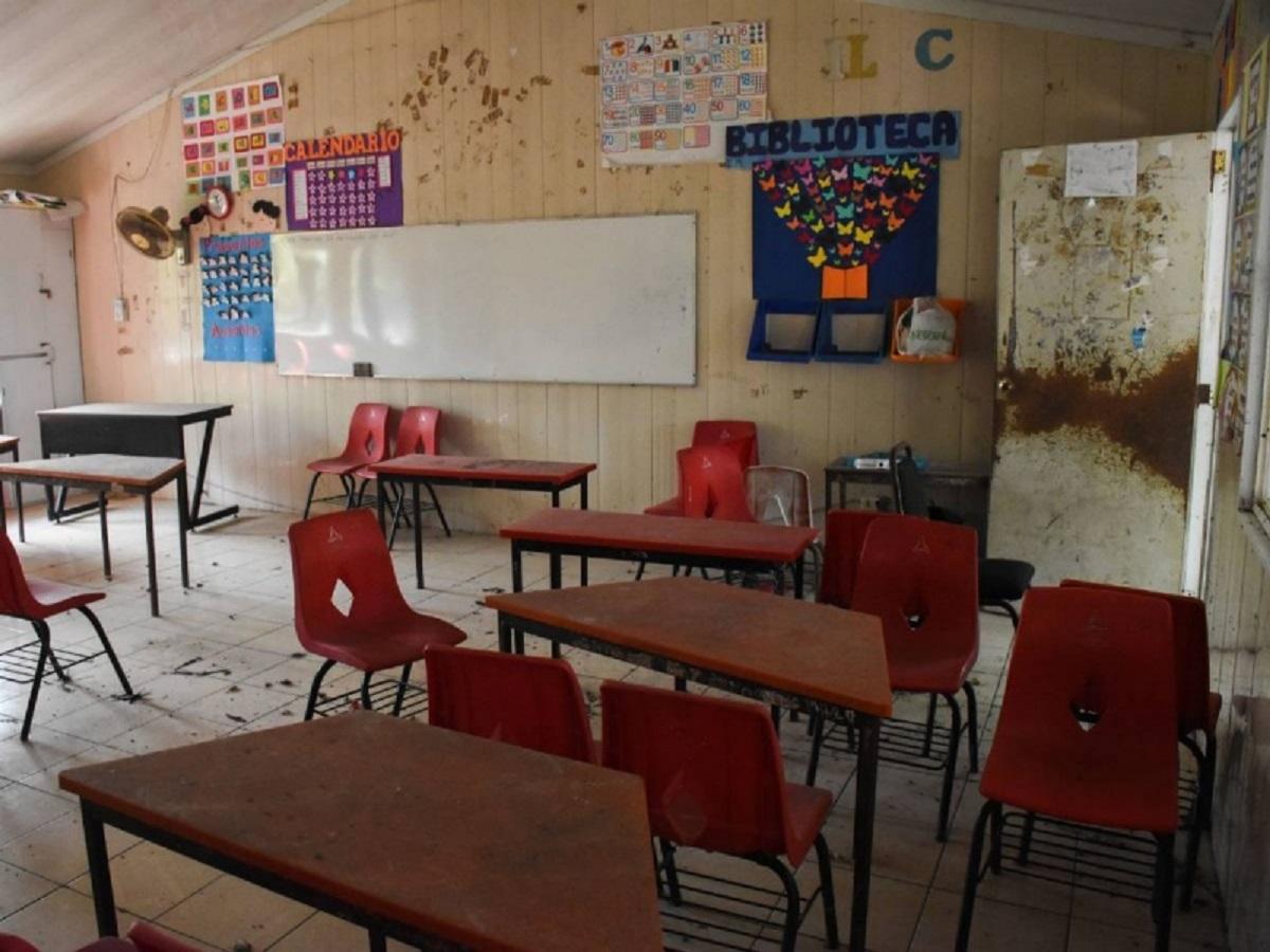 Escuela primaria vandalizada