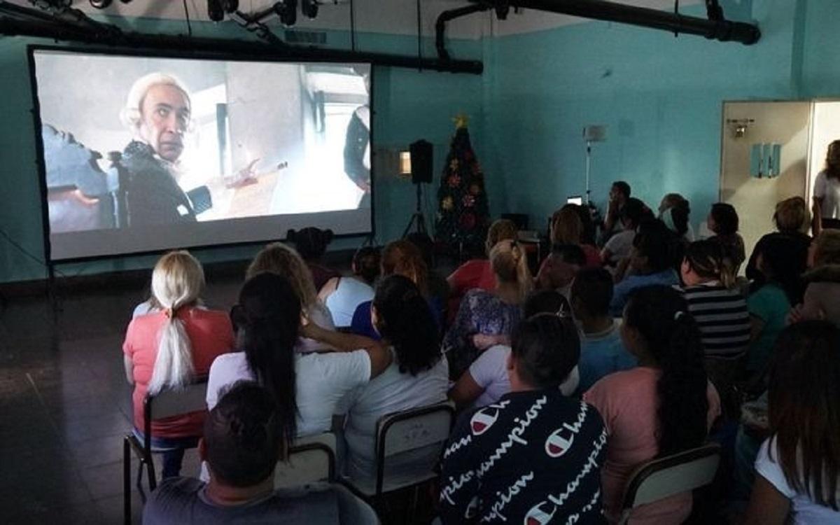 Público en muestra de cine