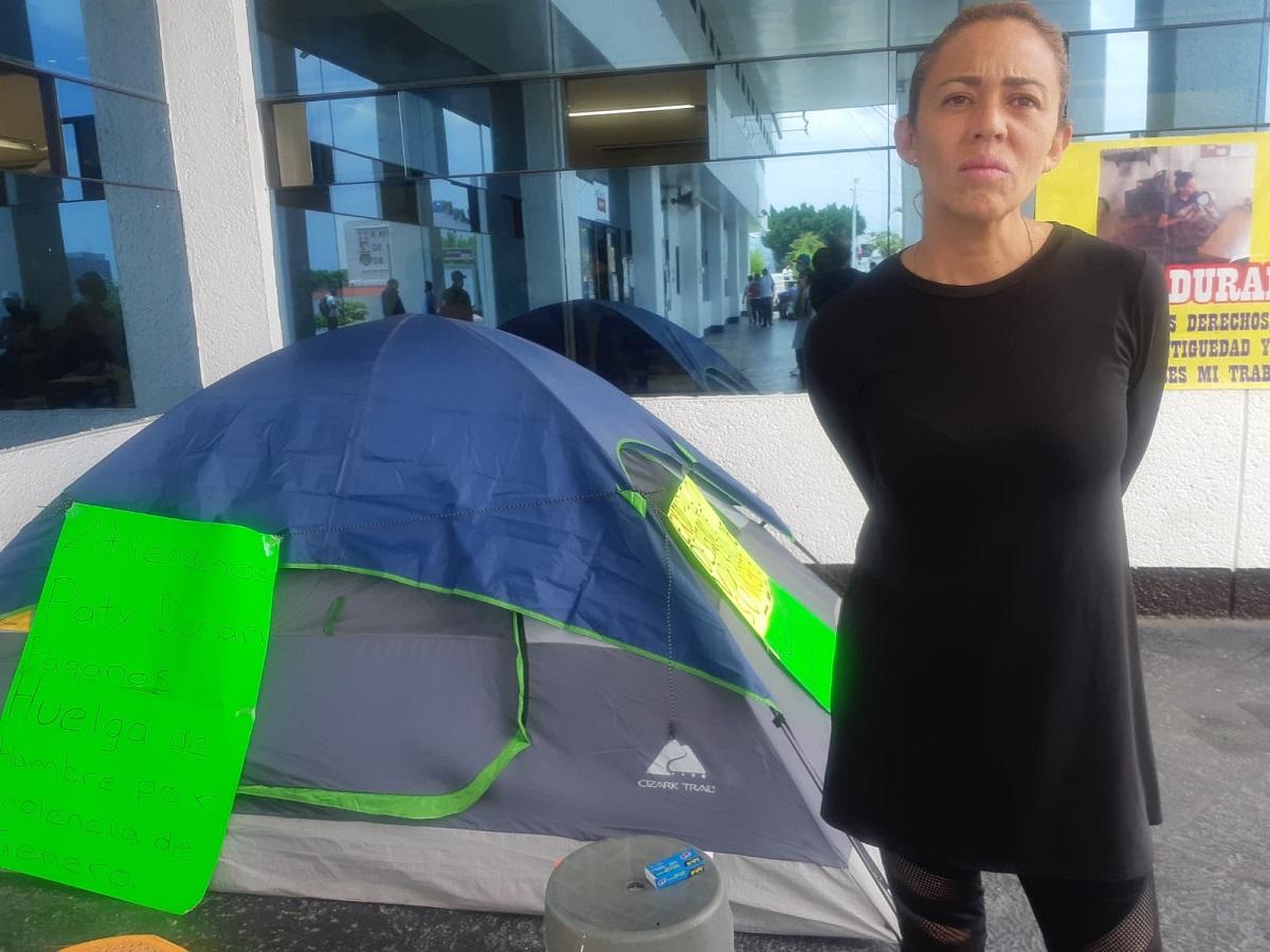 Mujer policía en huelga de hambre
