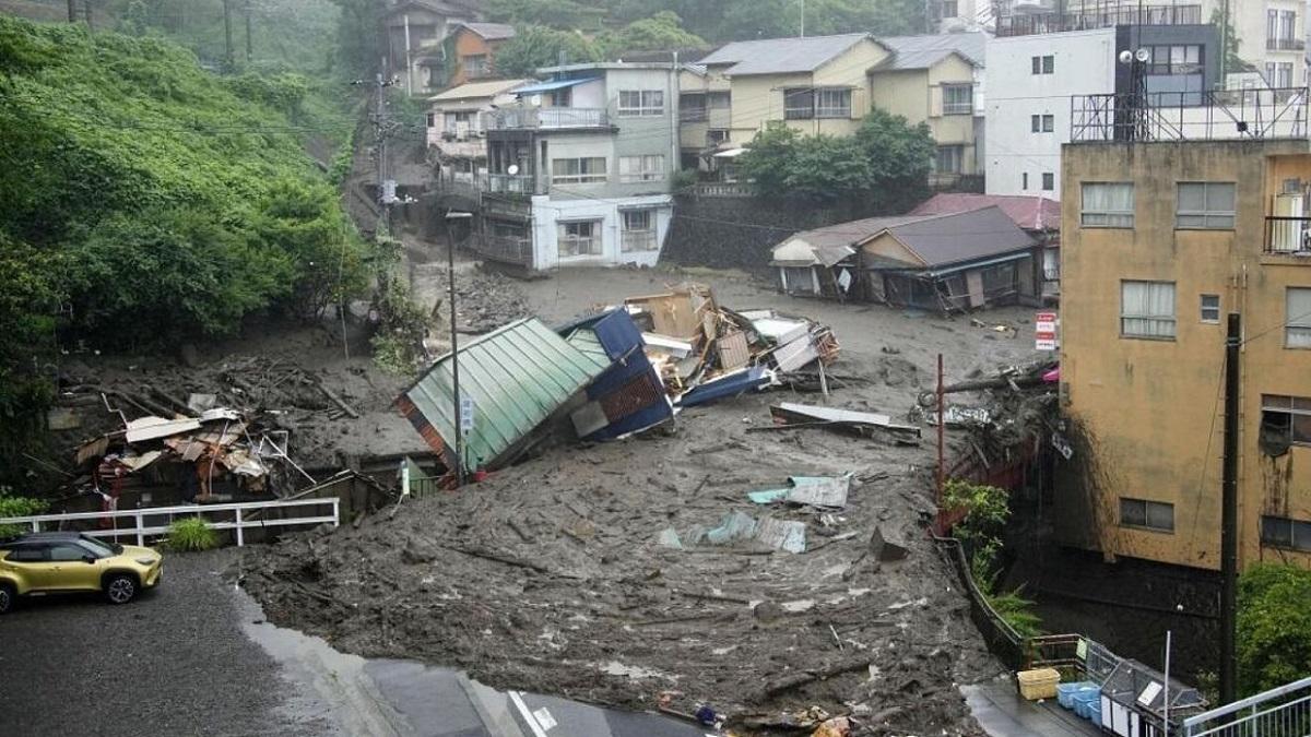 Derrumbes en Japón