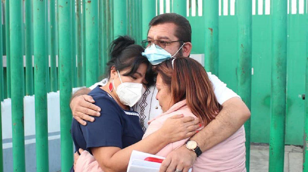 Manuel Valdovinos con su familia